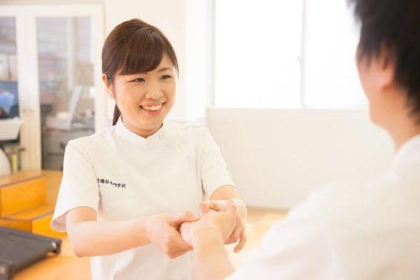 作業療法士の給料の手取り平均はいくら?